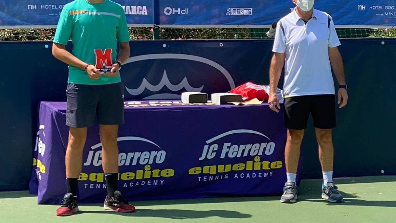 Pablo Pérez Campeón del Marca de la Academia Equelite Juan Carlos Ferrero